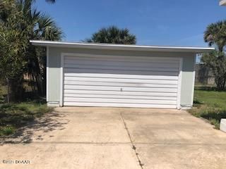 Photo of 617 Lenox Avenue, Daytona Beach, FL 32118