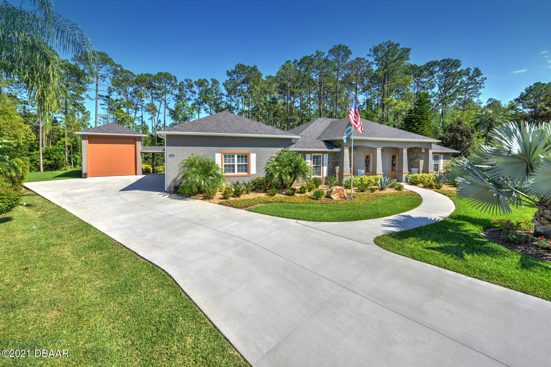 Photo of 2765 Autumn Leaves Drive, Port Orange, FL 32128