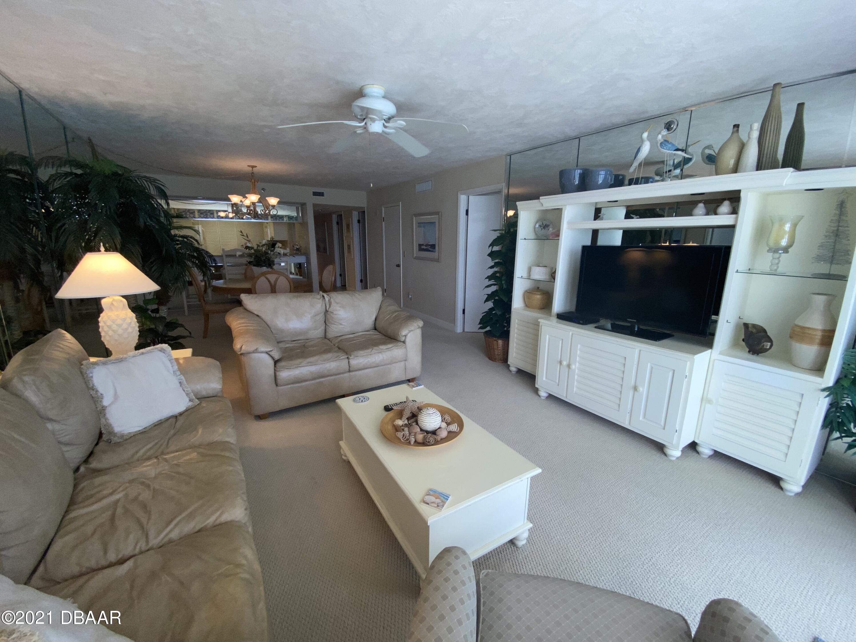 2425 Atlantic Daytona Beach - 8