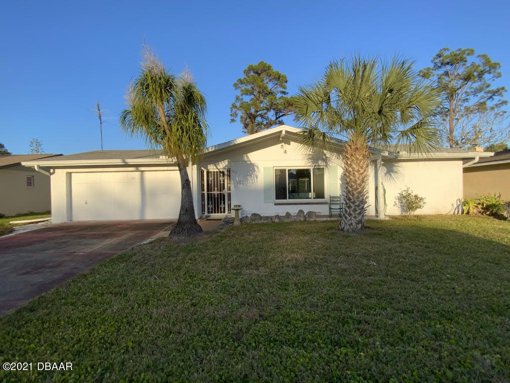 Photo of 1313 Golfview Drive, Daytona Beach, FL 32114