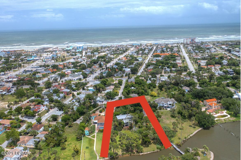 Photo of 2 Braddock Avenue, Daytona Beach, FL 32118