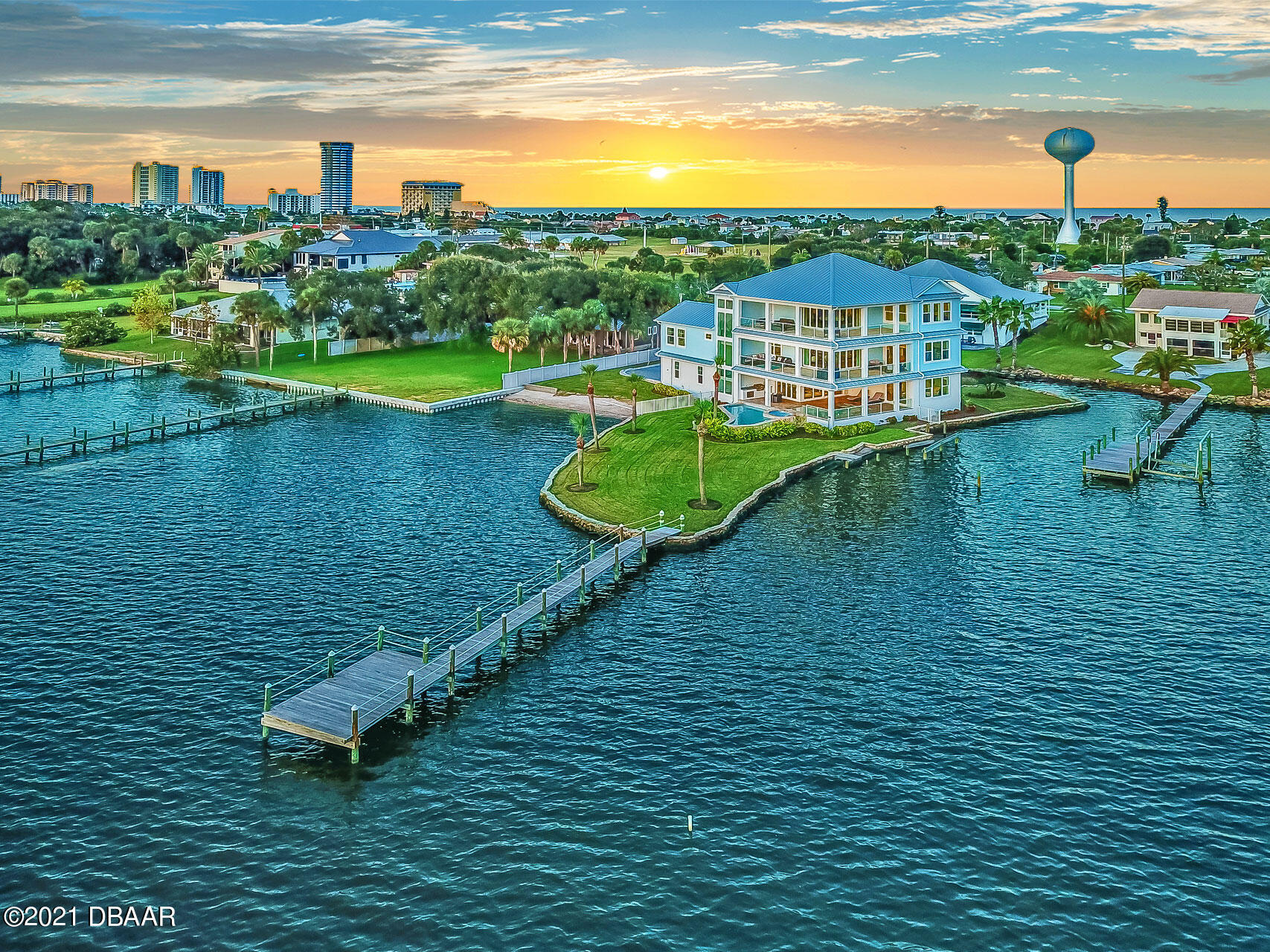 Photo of 2810 S Peninsula Drive, Daytona Beach, FL 32118