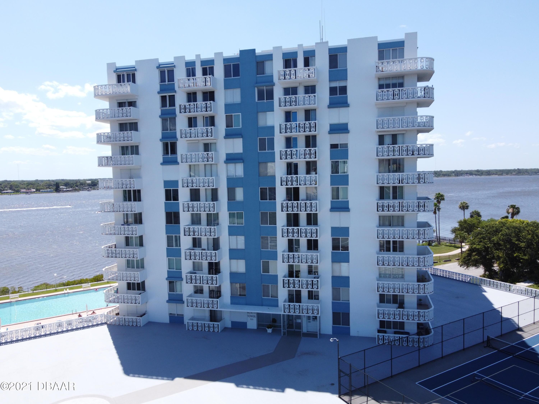 935 Halifax Daytona Beach - 4