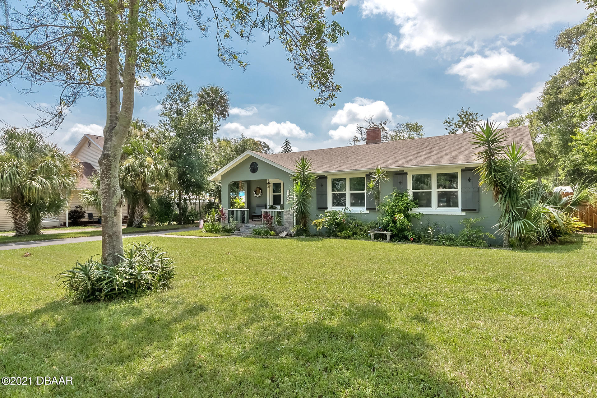 Photo of 125 7th Street, Holly Hill, FL 32117