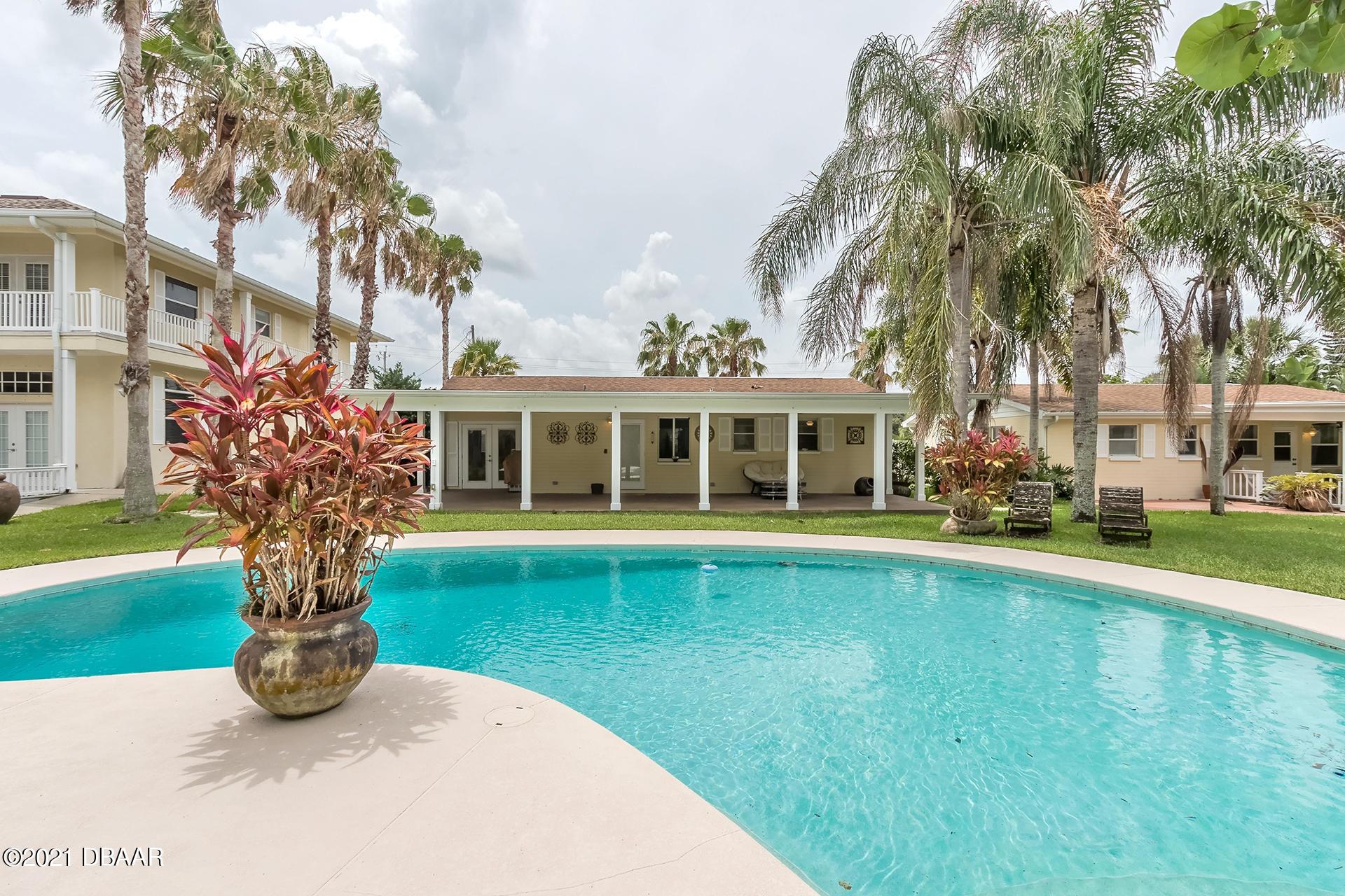Photo of 706 Ocean Avenue, New Smyrna Beach, FL 32169