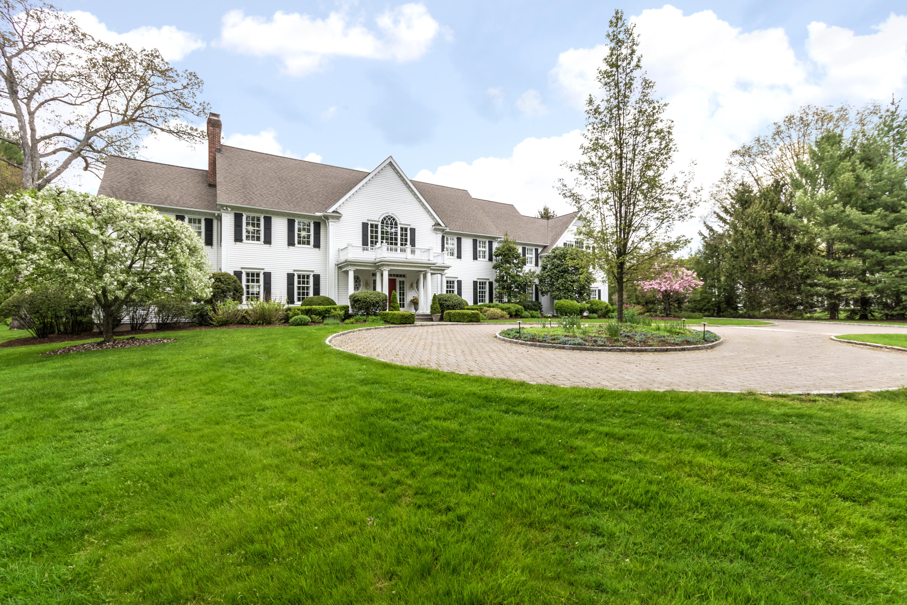 5 PEACH HILL ROAD, DARIEN, CT 06820