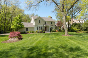 44 LEEUWARDEN ROAD, DARIEN, CT 06820  Photo 2
