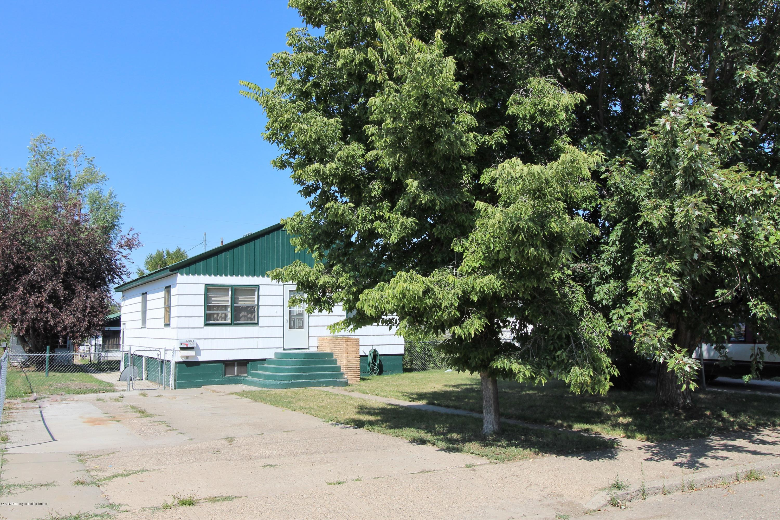 Photo of home for sale at 609 SARGENT AVE N, Glendive MT