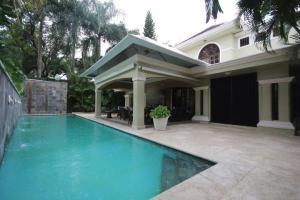Casa En Venta En Santo Domingo, Viejo Arroyo Hondo, Republica Dominicana, DO RAH: 16-105