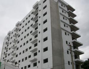 Apartamento En Venta En Santo Domingo, Evaristo Morales, Republica Dominicana, DO RAH: 15-126