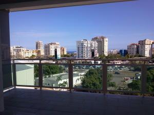 Apartamento En Venta En Santo Domingo, Naco, Republica Dominicana, DO RAH: 16-236