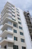 Apartamento En Venta En Santo Domingo, Evaristo Morales, Republica Dominicana, DO RAH: 15-136