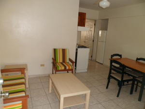 Apartamento En Alquiler En Santo Domingo, Viejo Arroyo Hondo, Republica Dominicana, DO RAH: 16-336