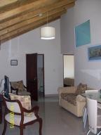 Apartamento En Alquiler En Santo Domingo, Gazcue, Republica Dominicana, DO RAH: 16-352