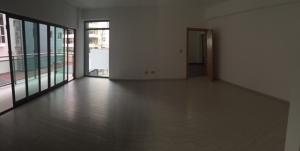 Apartamento En Alquiler En Santo Domingo, Naco, Republica Dominicana, DO RAH: 16-438