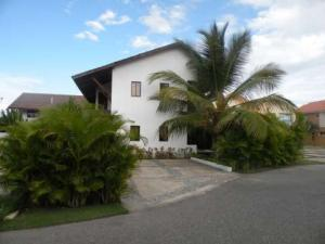 Townhouse En Alquiler En San Pedro De Macoris, Juan Dolio, Republica Dominicana, DO RAH: 16-481