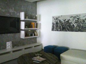 Apartamento En Venta En Santo Domingo, Evaristo Morales, Republica Dominicana, DO RAH: 15-426