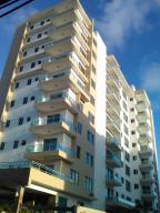 Apartamento En Venta En Santo Domingo, Evaristo Morales, Republica Dominicana, DO RAH: 15-128
