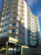Apartamento En Venta En Santo Domingo, Evaristo Morales, Republica Dominicana, DO RAH: 15-131
