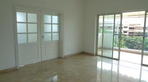 Apartamento En Alquiler En Santo Domingo, Los Cacicazgos, Republica Dominicana, DO RAH: 16-538