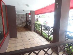 Local Comercial En Venta En Santo Domingo, Naco, Republica Dominicana, DO RAH: 17-26