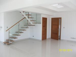 Apartamento En Venta En Santo Domingo, Naco, Republica Dominicana, DO RAH: 17-37