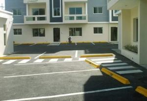 Apartamento En Venta En San Pedro De Macoris, Juan Dolio, Republica Dominicana, DO RAH: 17-66