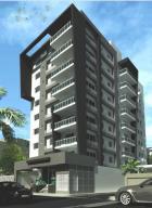 Apartamento En Venta En Santo Domingo, Evaristo Morales, Republica Dominicana, DO RAH: 17-125