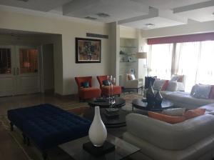 Apartamento En Venta En Santo Domingo, Los Cacicazgos, Republica Dominicana, DO RAH: 17-161