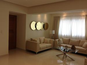 Apartamento En Venta En Santo Domingo, Bella Vista, Republica Dominicana, DO RAH: 17-277