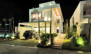 Casa En Venta En Salvaleã³N De Higã¼Ey, Veron-Punta Cana, Republica Dominicana, DO RAH: 17-320