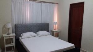 Apartamento En Alquiler En Santo Domingo, Naco, Republica Dominicana, DO RAH: 17-398