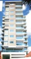 Apartamento En Venta En Santo Domingo, Evaristo Morales, Republica Dominicana, DO RAH: 17-410