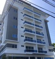 Apartamento En Venta En Santo Domingo, Gazcue, Republica Dominicana, DO RAH: 17-411