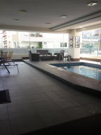 Apartamento En Alquiler En Santo Domingo, Naco, Republica Dominicana, DO RAH: 17-433
