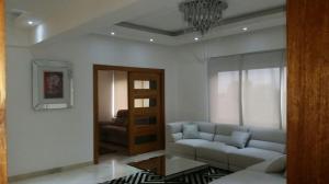 Apartamento En Alquiler En Santo Domingo, Paraiso, Republica Dominicana, DO RAH: 17-469