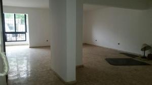 Apartamento En Alquileren Santo Domingo, Evaristo Morales, Republica Dominicana, DO RAH: 17-470
