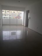 Apartamento En Alquiler En Distrito Nacional, Evaristo Morales, Republica Dominicana, DO RAH: 17-472