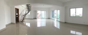 Apartamento En Venta En Santo Domingo, Evaristo Morales, Republica Dominicana, DO RAH: 17-632