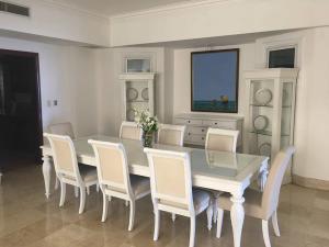 Apartamento En Alquiler En Santo Domingo, Los Cacicazgos, Republica Dominicana, DO RAH: 17-653