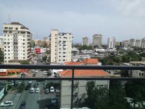 Apartamento En Alquileren Santo Domingo, Naco, Republica Dominicana, DO RAH: 17-655