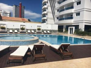 Apartamento En Venta En Santo Domingo, Los Cacicazgos, Republica Dominicana, DO RAH: 17-662