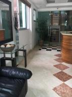 Apartamento En Venta En Santo Domingo, Los Cacicazgos, Republica Dominicana, DO RAH: 17-676