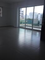 Apartamento En Alquiler En Distrito Nacional, Evaristo Morales, Republica Dominicana, DO RAH: 17-580