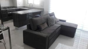 Apartamento En Alquiler En Santo Domingo, Piantini, Republica Dominicana, DO RAH: 17-746