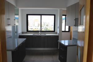 Apartamento En Alquiler En Santo Domingo, Mirador Norte, Republica Dominicana, DO RAH: 17-839