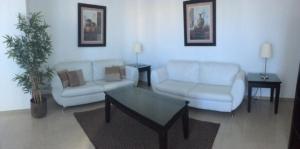 Apartamento En Alquiler En Santo Domingo, Esperilla, Republica Dominicana, DO RAH: 17-880