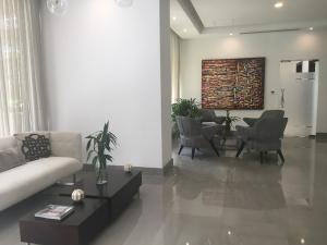 Apartamento En Ventaen Santo Domingo, Paraiso, Republica Dominicana, DO RAH: 17-905