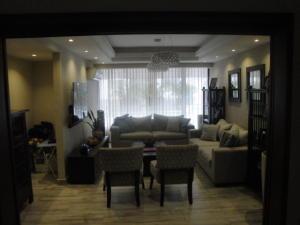 Apartamento En Ventaen Santo Domingo, Los Cacicazgos, Republica Dominicana, DO RAH: 17-913