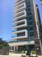 Apartamento En Alquiler En Santo Domingo, Los Cacicazgos, Republica Dominicana, DO RAH: 17-945